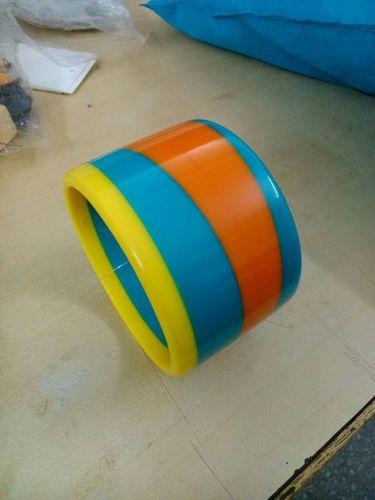 Joint resin bangle
