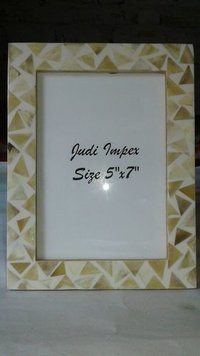 Triangle bone photo frame