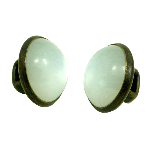 White Pearl Loop Button