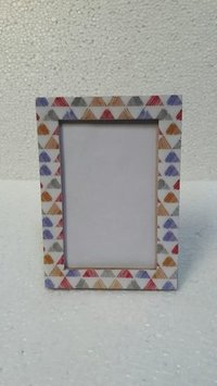 Triangle printed photo frame