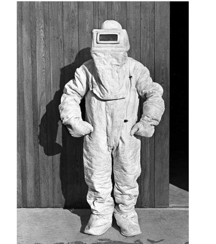 Asbestus suit