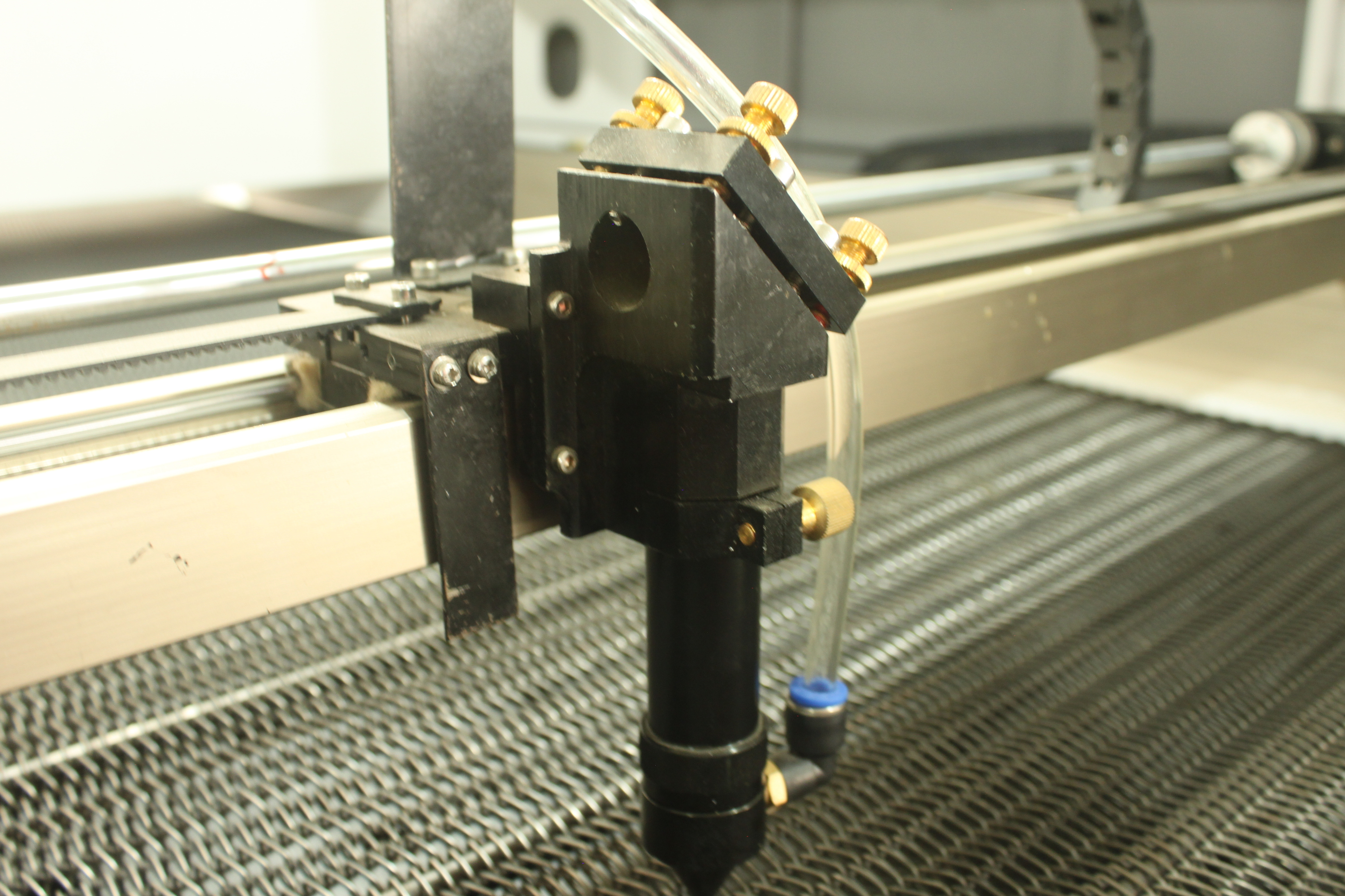 Laser Cutting Machine With Digital System Manufacturer Supplier