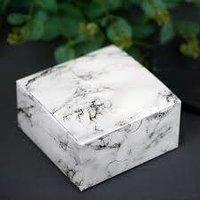 Plain Cake Box