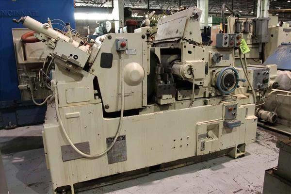 Cincinnati 220-10 Centerless Grinding Machine