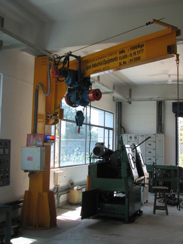 Self Support Jib Cranes