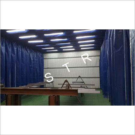 Paint spraying room