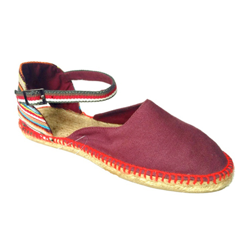 Ladies Maroon Color Flat Sandals