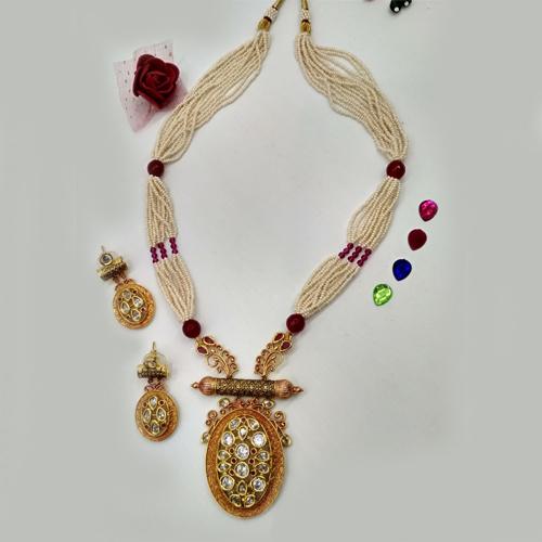Fashionable Imitation Jewellery