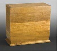 Newport II Cedar Wood Urn