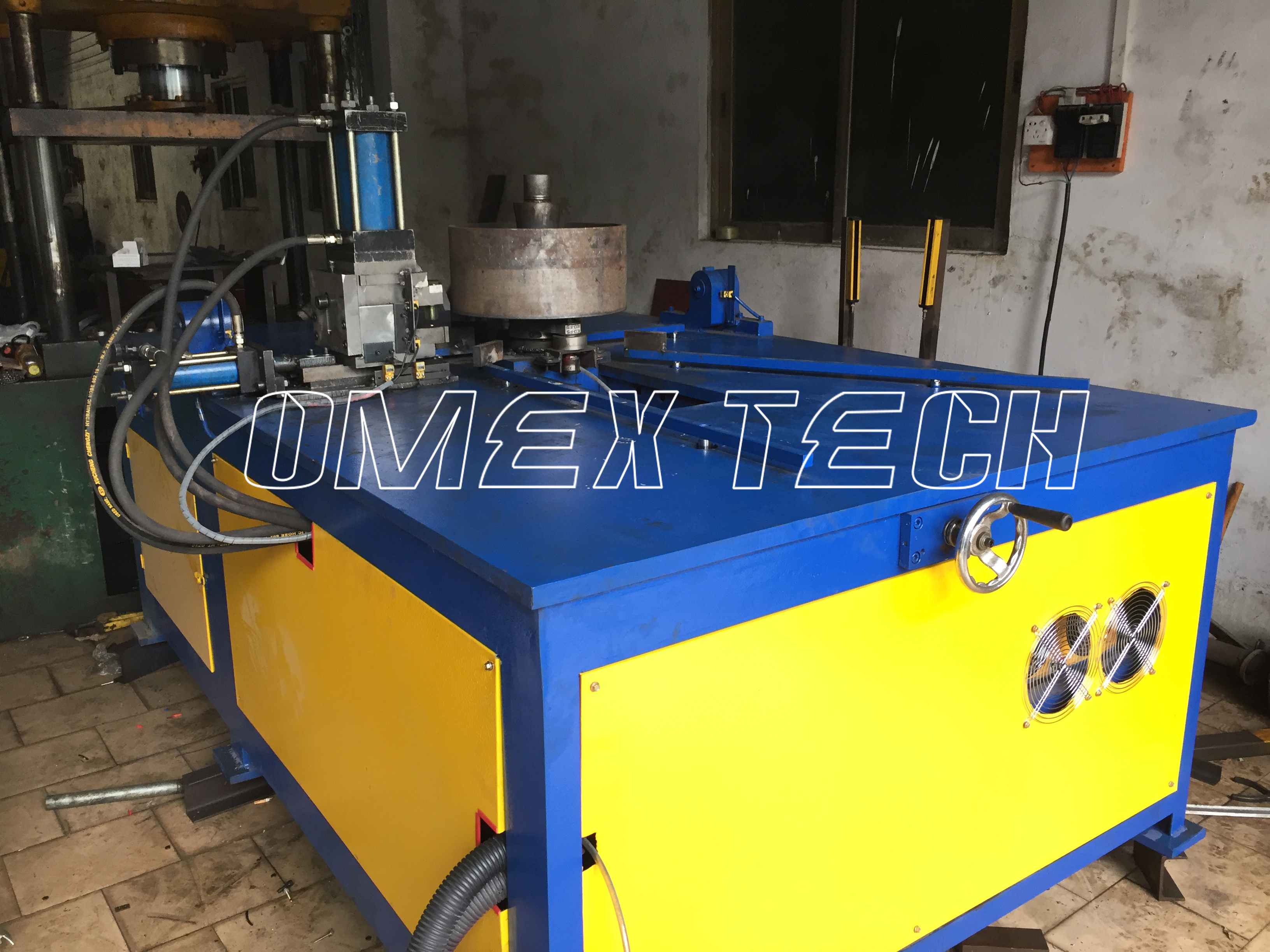 Full-automatic Blower Fan Flanging Machine