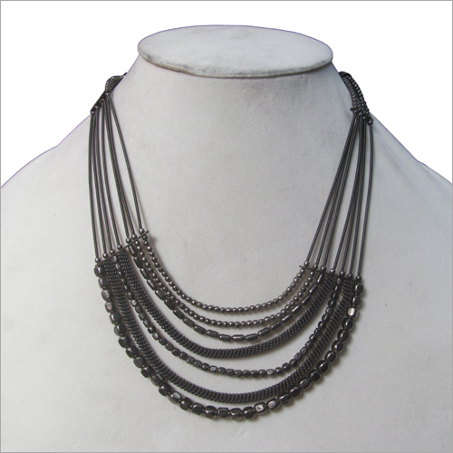Plain Artificial Necklace