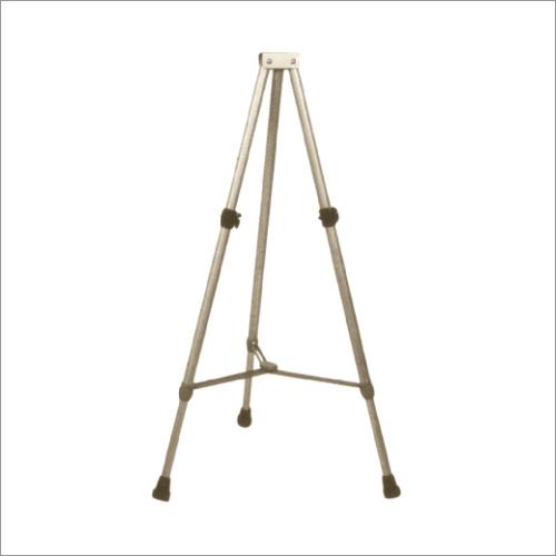 3 Leg Folding Stand