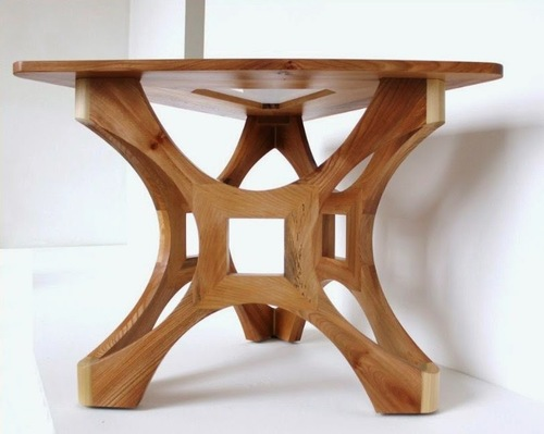 TRINGLE WOODEN DINING TABLE
