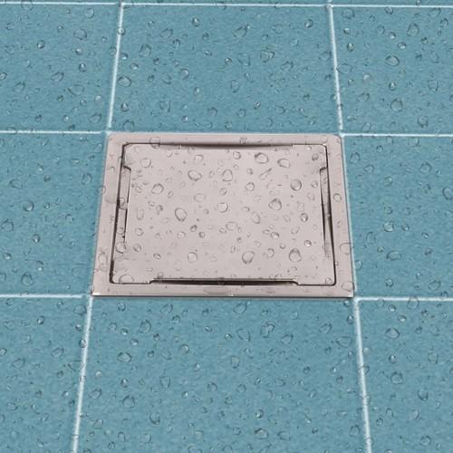 Bath Floor Grating with Trap