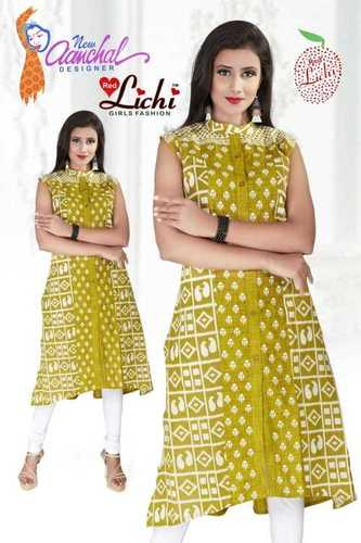Ladies Half Sleeves Kurtis