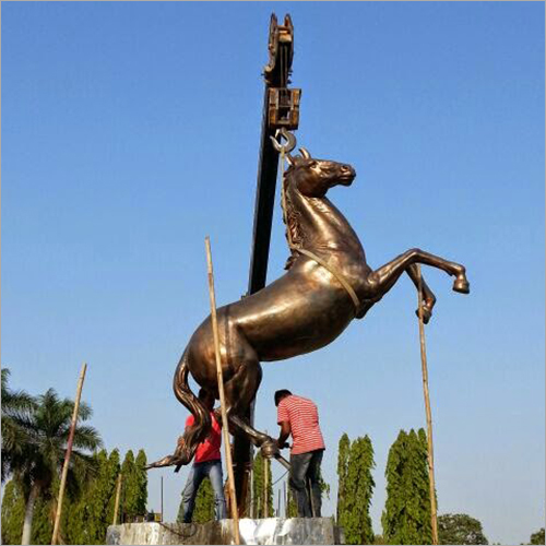 Horse Sculpture Installation services