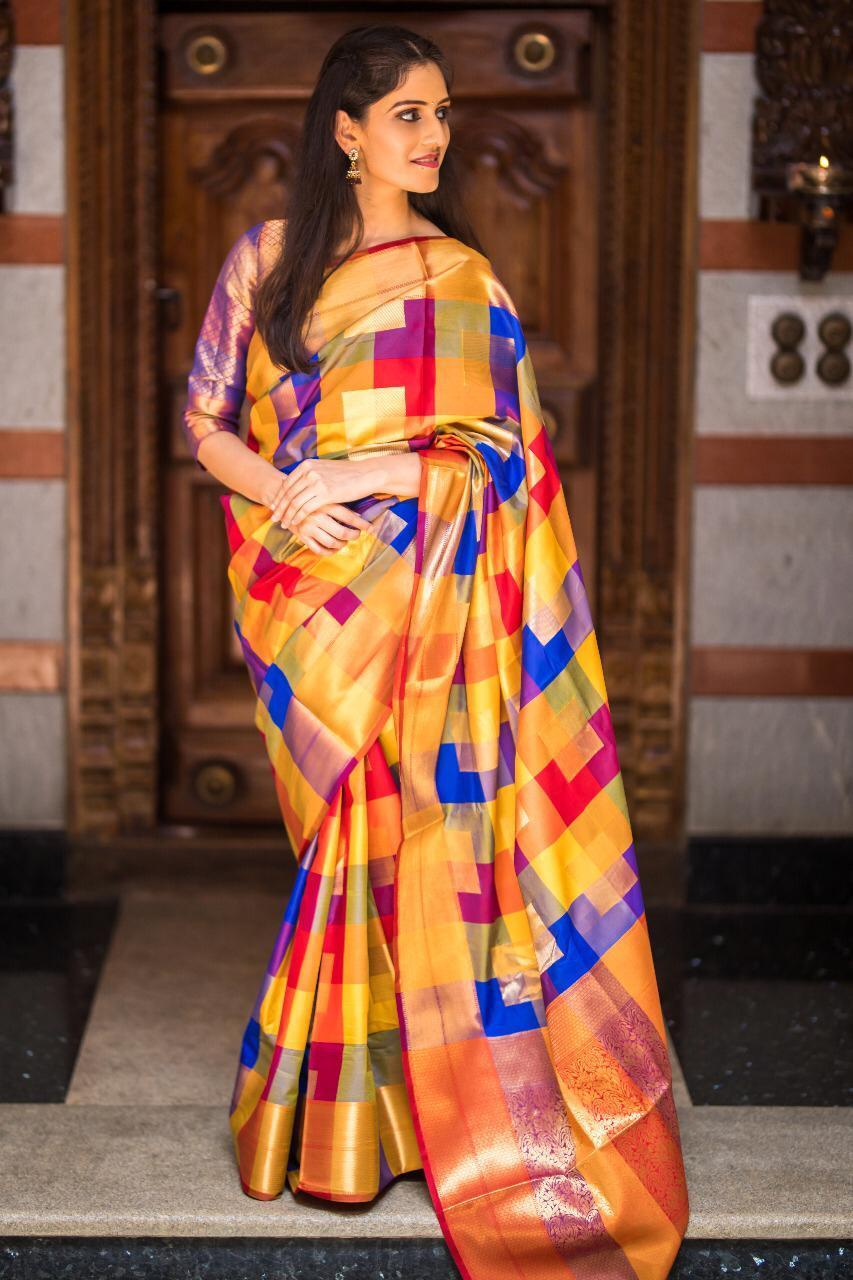 Kanchipuram silk Heavy Zari Work saree (DNHE5)