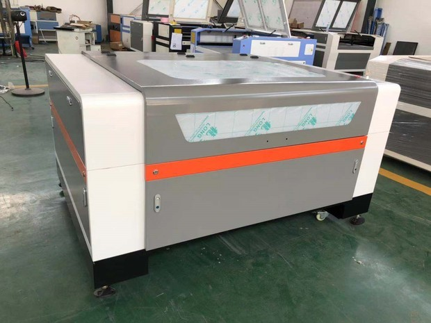 100W 1390 Laser Cutting and Engraving Machine
