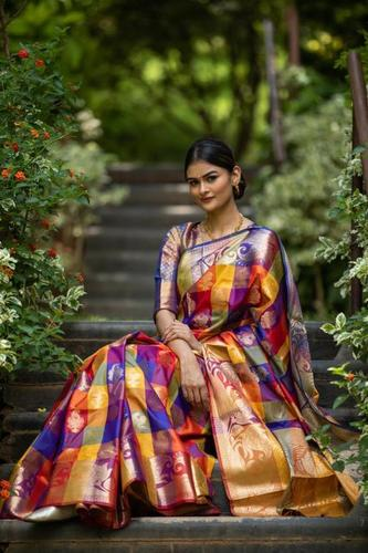 Kanchipuram silk Heavy Zari Work saree (DNHE5a)