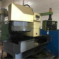 Leadwell MCV 1300D Vertical Machining center