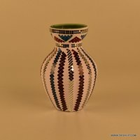 BEAUTIFUL MOSAIC SHAPE GLASS FLOWER TABLE VASE