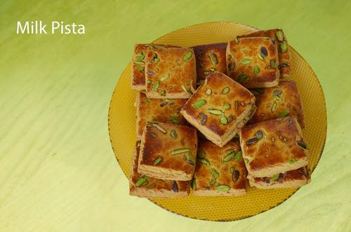 Milk Pista Cookies
