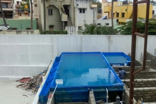 kids pool with infinity Edge