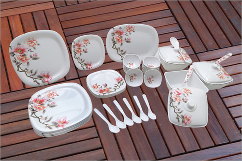 Piazza Dinner Set