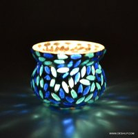 BEAUTIFUL COLOR AND DESIGN GLASS T LIGHT HOLDER