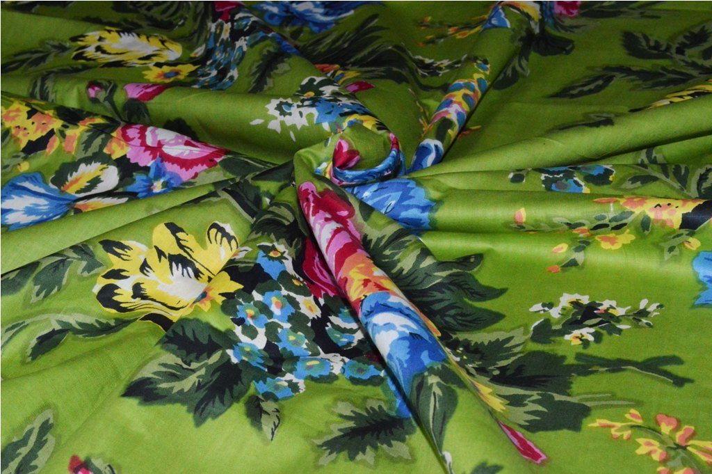 Floral & Flower Print Cotton Sewing Fabric