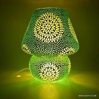 GREEN MOSAIC GLASS DECOR TABLE LAMP