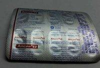 aceclofenac paracetamol serratiopepdase tablets
