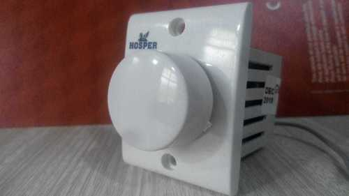 Reg. Vol Socket type PC Hosper