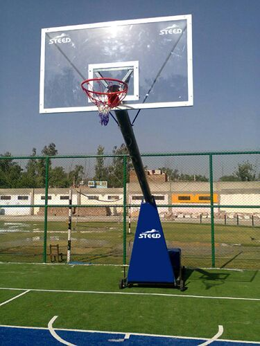BASKETBALL POLE MOVABLE RISING STAR