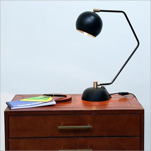 Metal Stand Study Lamp