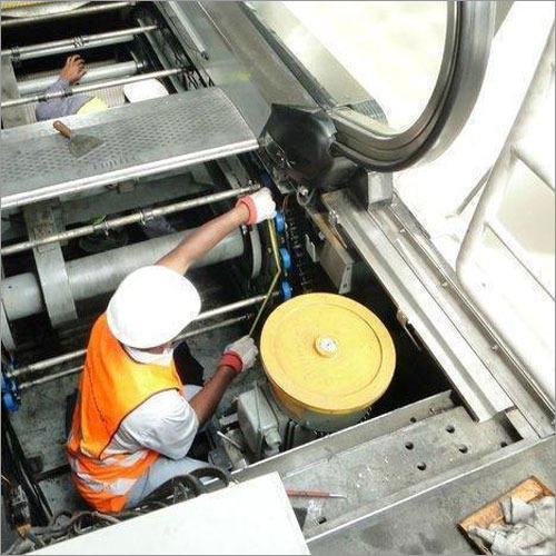 Escalator Maintenance Service
