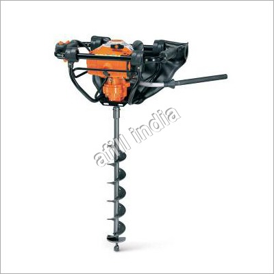PETROL DRIVEN EARTH AUGER WITH QUICK STOP AUGER BRAKE