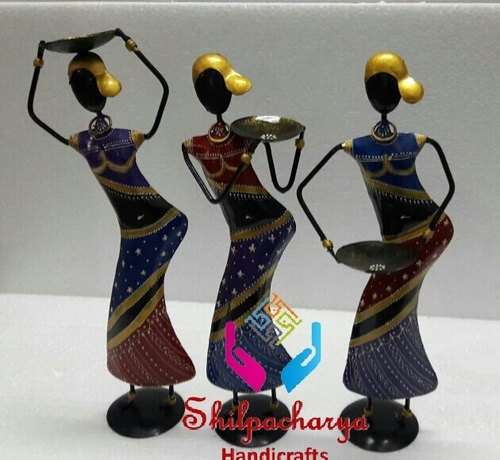 Iron Painted Lady withTtagari Set of 3