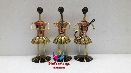 Iron Painted Musical Set of 3 Men