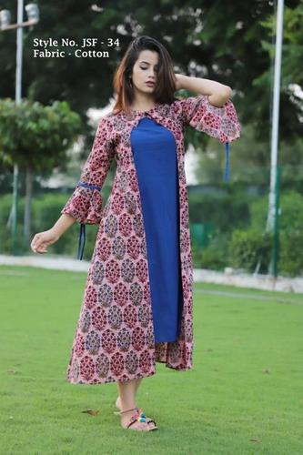 Ladies Round Neck Black Kurtis