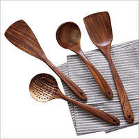 Modern Wooden Ladle Set