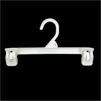 Plastic Hanger Clip