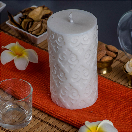 Pillar Motif White Candle