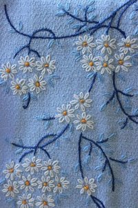 Lazy Daisy Stitch Embroidery