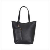 Ladies Synthetic Leather Shoulder Handbag