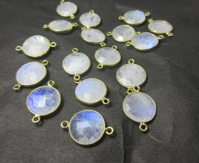 Rainbow Moonstone Faceted Round Gemstone Bezel Connector