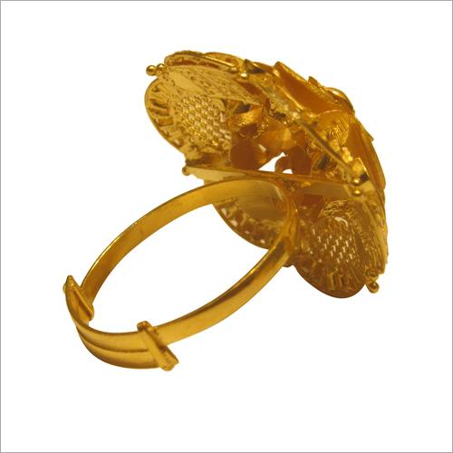 Ladies 18 Carat Gold Ring