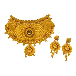 Ladies Party Wear Gold Necklace
