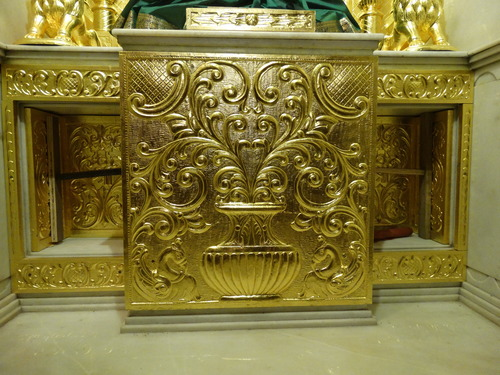 Gold gilding on God Pabasan