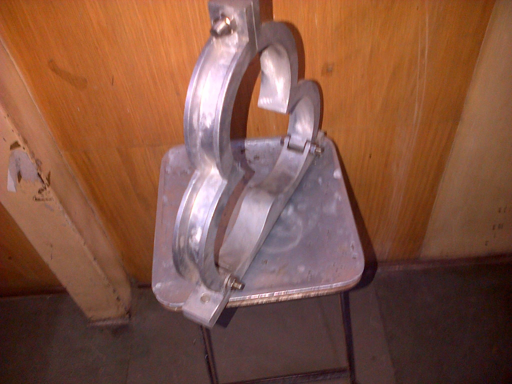 Trefoil TriFoil Clamp FRP PVC Nylon Aluminum Cleats